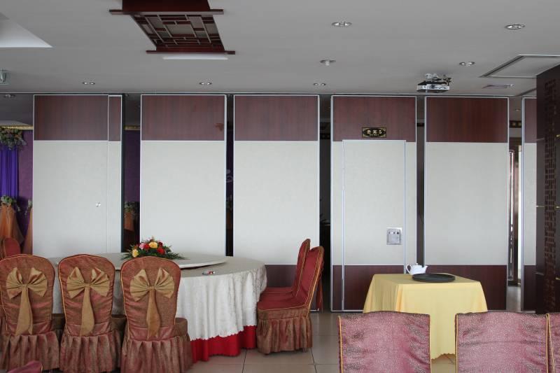 广西北海海阳城餐厅活动隔断安装项目
